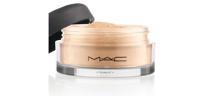 M.A.C. Mineralize Light Plus Loose Powder Foundation