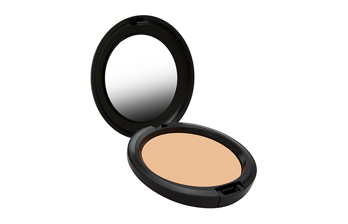 Mac Studio CareblendPressed Powder