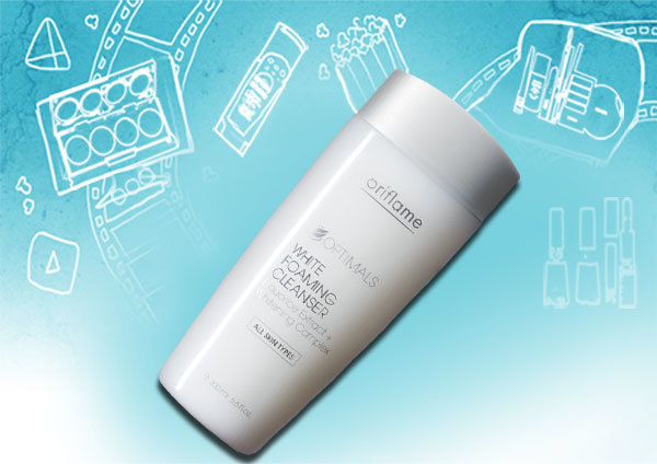 Optimals White Foaming Cleanser
