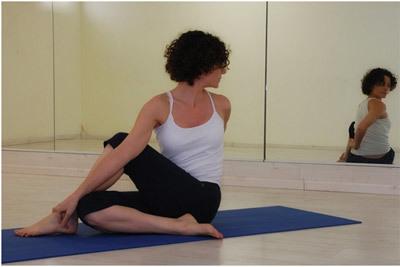ardha matsyendrasana yoga benefits