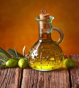 How To Use Olive Oil To Get Rid Of Stubborn Stretch Marks