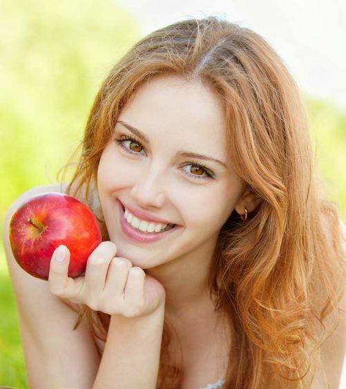 12 Apple Face Packs For All Skin Types