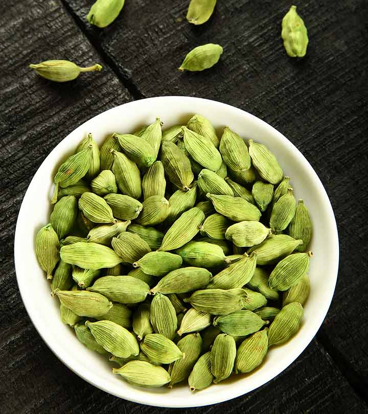 3 Cardamom Side Effects You Should Be Aware Of