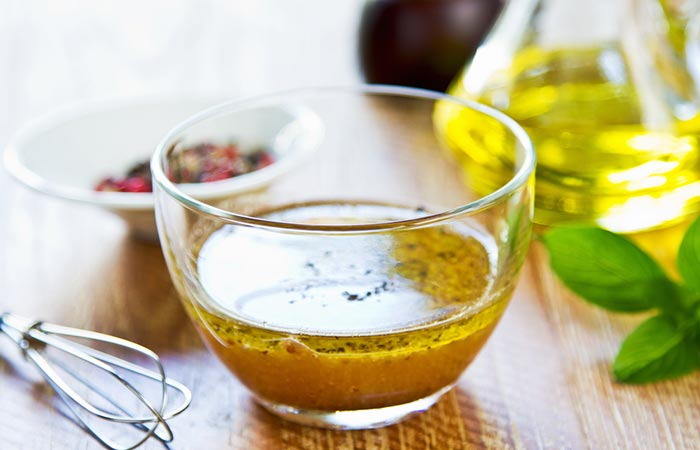 4. Apple Cider Vinegar Salad Dressing