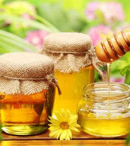 How To Use Honey For Eyes – 13 Useful Ways
