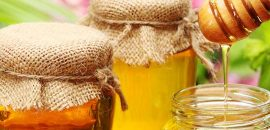 577_How To Use Honey For Eyes_shutterstock_104941274