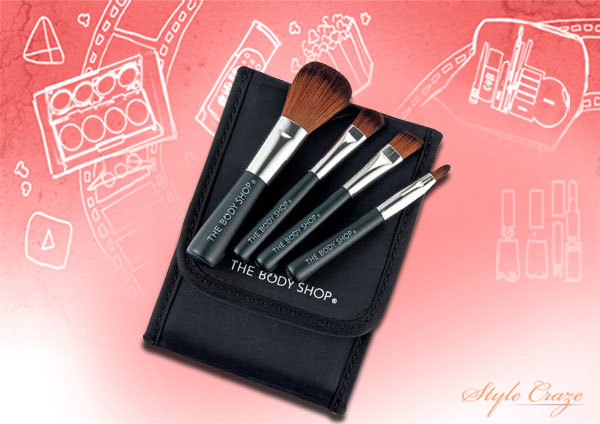 6. Body Shop Mini Brush Kit - Best Makeup Brush Kit in India