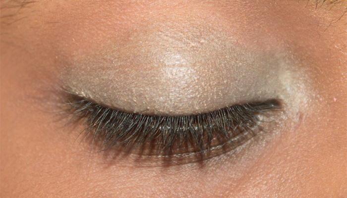 Conceal And Add A Creamy Base To Eyelid Area