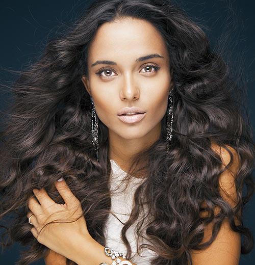 For-Wheatish-Skin-And-Dark-Hair