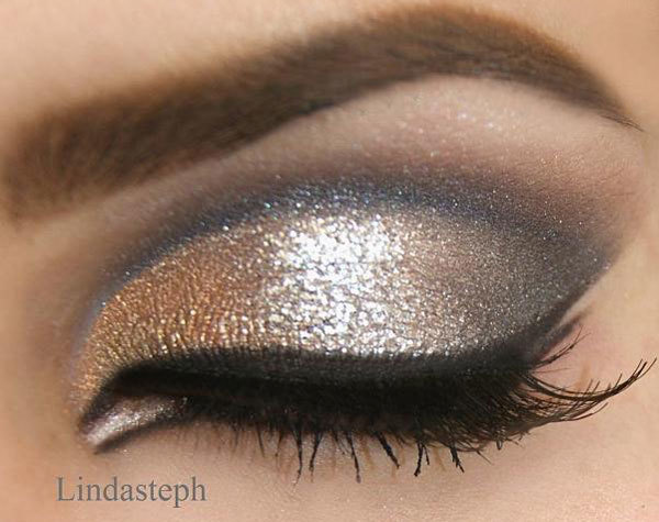 Grey And Shimmer Smoky Eyes