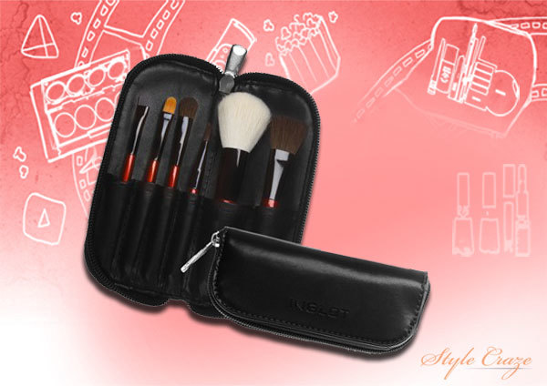 2. Inglot Makeup Brush Kit - Best Makeup Brush Kit in India
