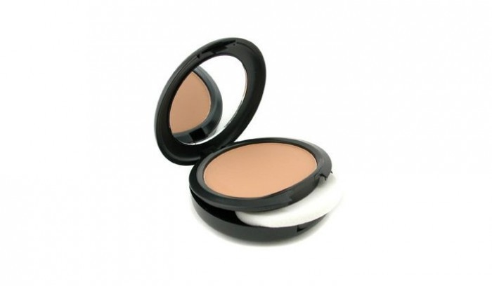 Mac Studio Fix Powder Plus Foundation - Best Makeup Products for Oily Skin