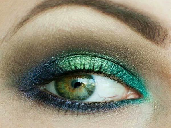 Shimmer Green Eye Makeup