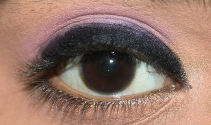 Stunning Dark Violet And Black Eye Makeup