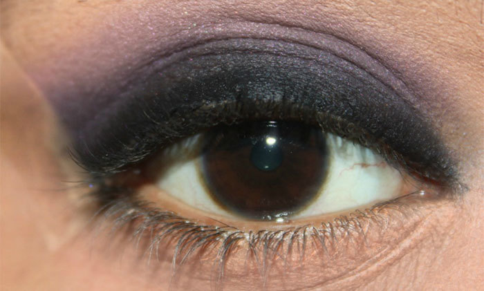 Stunning Dark Violet And Black Eye Makeup2