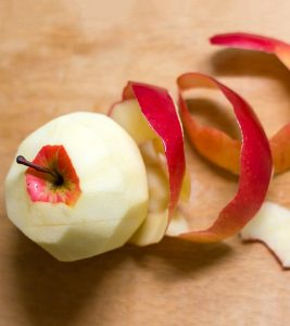 Top 5 Benefits Of Apple Peel For Skin, Hair And Health