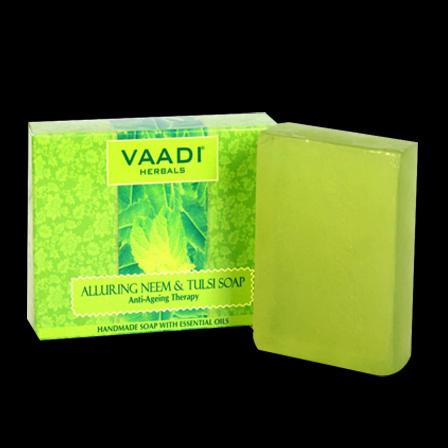 Vaadi Herbals Neem soap