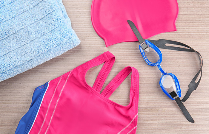 What Your Swimming Kit Should Contain