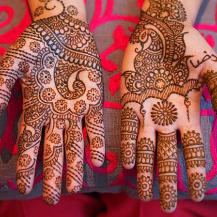 asymmetrical mehendi designs