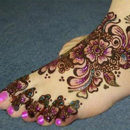 easy mehndi design for feet