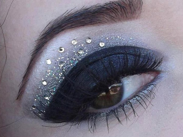 Glitter Black Eyes