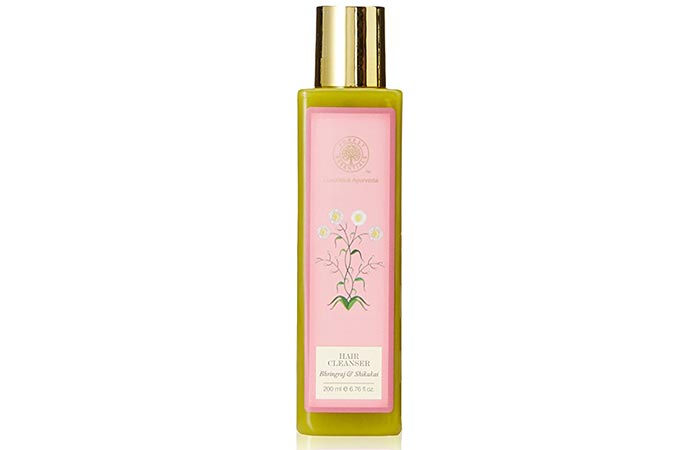 10. Forest Essentials Bhringraj And Shikakai Hair Cleanser