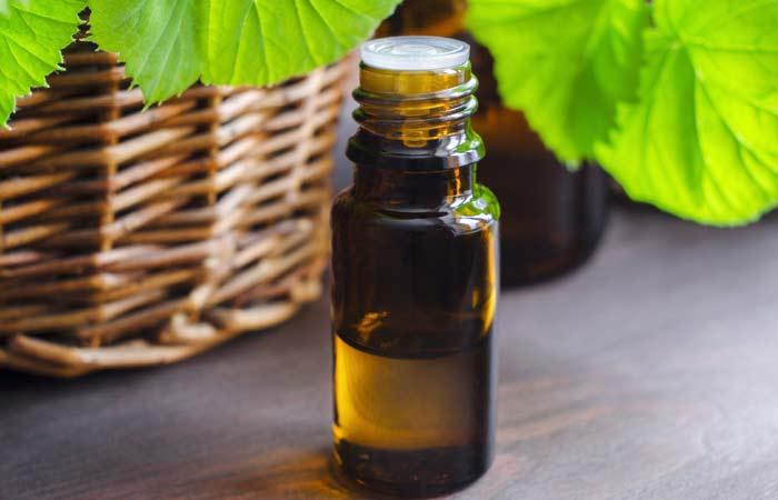 2.-Tea-Tree-Oil