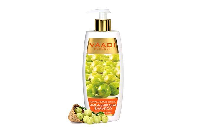 2. Vaadi Herbals Amla-Shikakai Shampoo