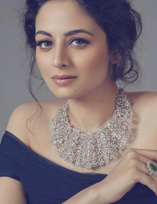Zoya Afroz - Graceful Indian Girl