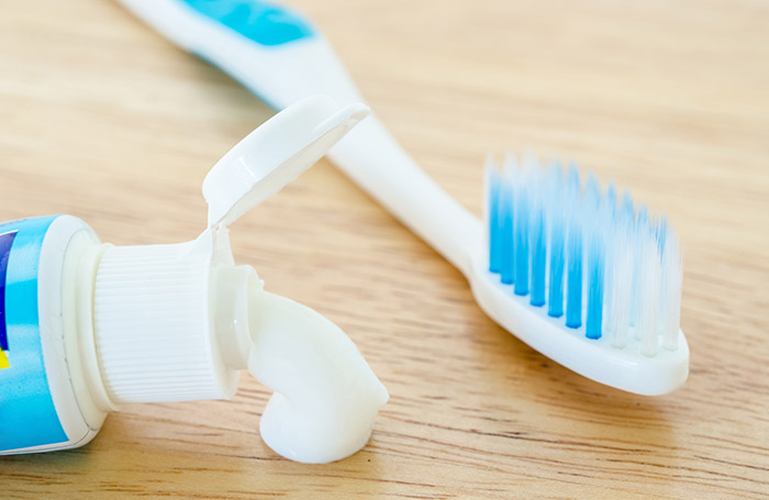 3. Toothpaste For Whiteheads