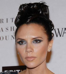 45 Victoria Beckham Hairstyles – With Images