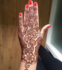 Top 10 Eye-Catching Eid Mehndi Designs You Should Try In 2018