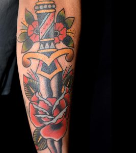 Top 15 Fifteen Dagger Tattoo Designs