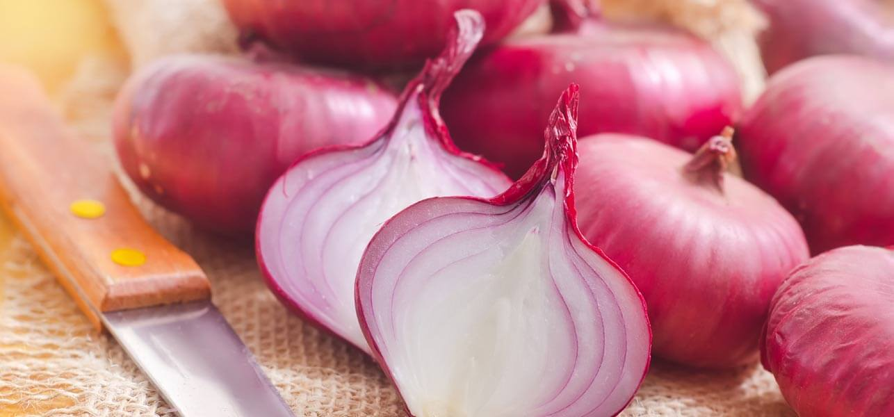 How-Can-Onion-Juice-Help-Reduce-Dandruff