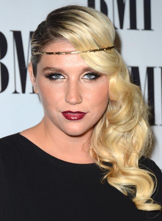 Kesha's-Hippie-Headband