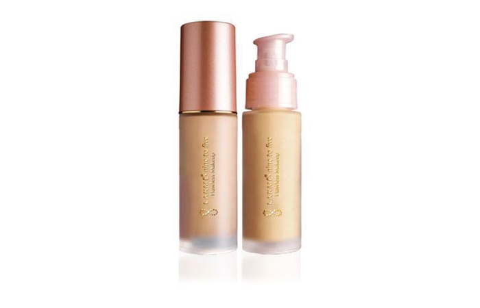 Lakme Nine to Five Liquid Foundation - Top Waterproof Foundation