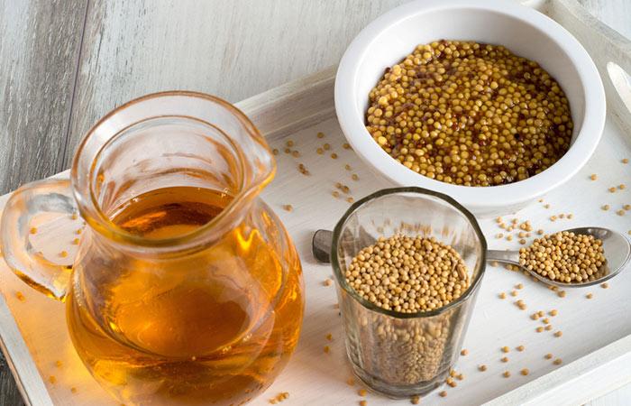 Mustard-Oil-For-Treating-Dandruff