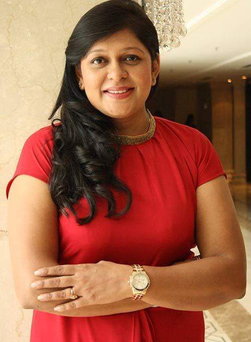 Naina Arora - Best Bridal Makeup Artist In Delhi