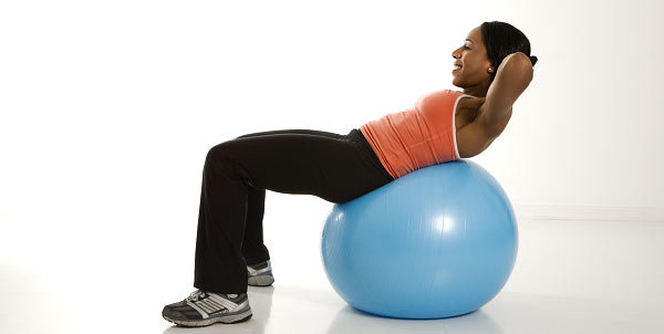 ball crunch exercise
