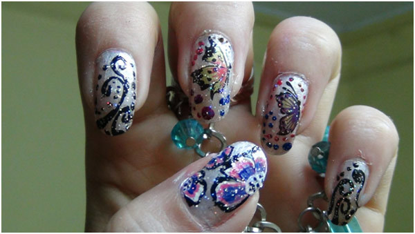 paint butterfly nail art