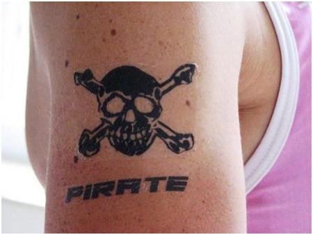 pirate skull tattoo flash