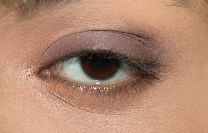 Kareena Kapoor Inspired Eye Makeup (2)
