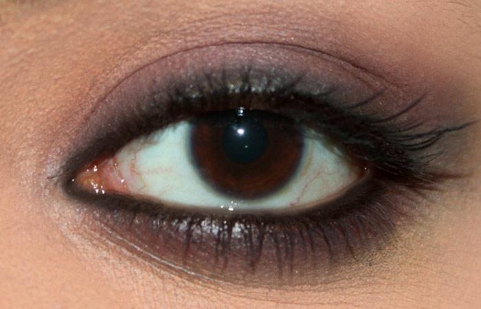 Kareena Kapoor Inspired Eye Makeup - 2 Step By Step ...