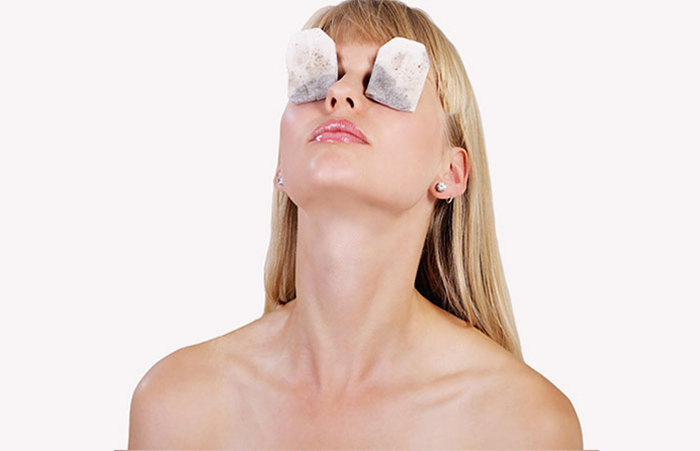 1. Reduce Puffy Eyes With Tea Bags