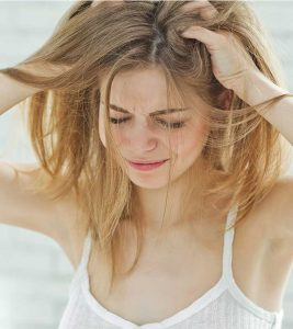 What Are The Effects Of Dandruff On Face?