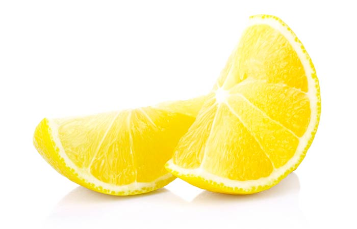 2. Fenugreek Seeds And Lemon For Dandruff