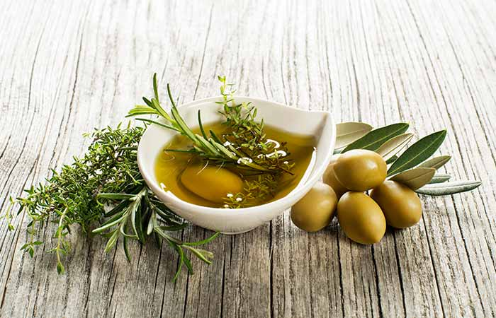 3. Olive Oil And Evening Primrose Oil For Hair Loss