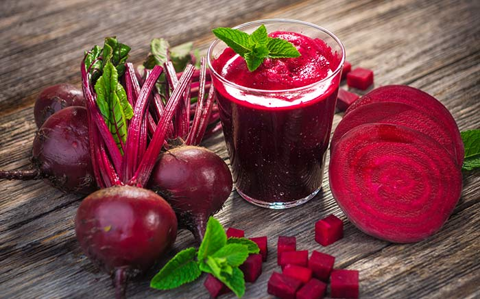 4. Beetroot And Henna For Hair