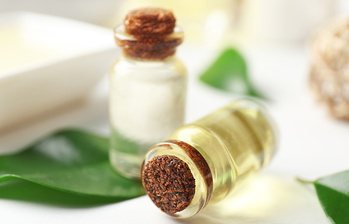 4. Olive Oil And Tea Tree Oil For Dandruff