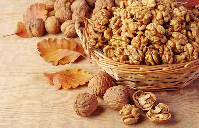 Foods To Prevent Hair Loss - Walnuts